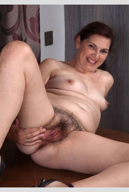 Francesca, nice hairy mature | Mature Porn Photo