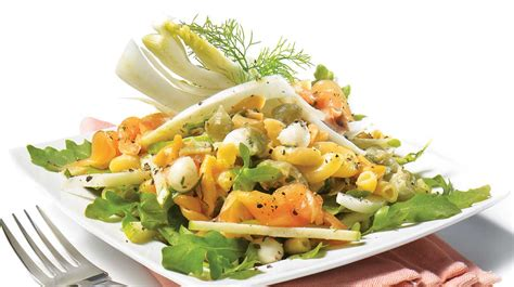 salade de p 226 tes au fenouil et au saumon fum 233 recettes iga l 233 gumes poisson recette rapide