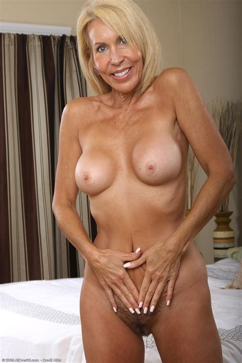 Busty Mature Gets Naked In Her Bedroom Pichunter