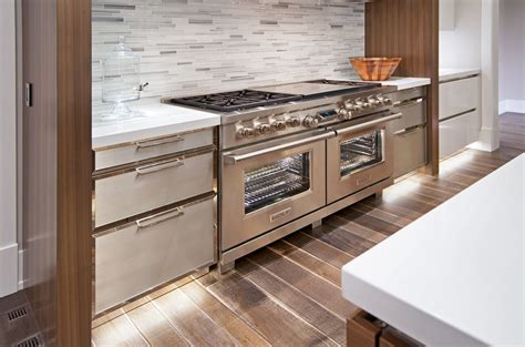 Cabinet Installer Calgary by Cabinet Installation Service Bow Valley Kitchens