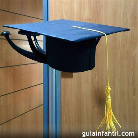 como hacer  birrete  sombrero  la graduacion del nino