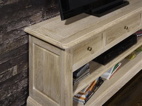 meuble cuisine 15 cm meuble tv 16 9eme en chêne massif de style louis philippe finition brossé blanchi meuble en