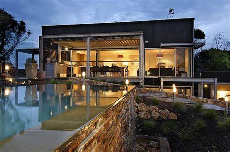Modern Style House Plan   4 Beds 3.50 Baths 3209 Sq/Ft