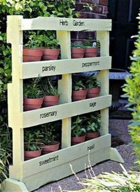 outdoor plant stand  pallet wood pallets designs