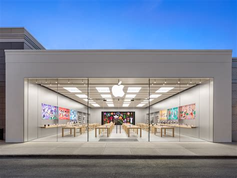 apple easton town center   strand columbus