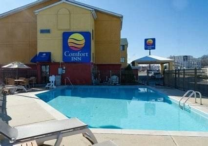 comfort inn nashville comfort inn nashville nashville tennessee hotel