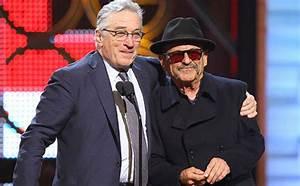 The Irishman Joe Pesci and Robert De Niro - HeyUGuys