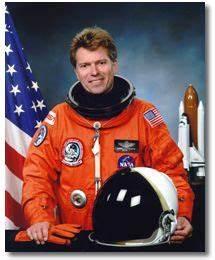 Payload Specialist Astronaut Bio: Byron K. Lichtenberg