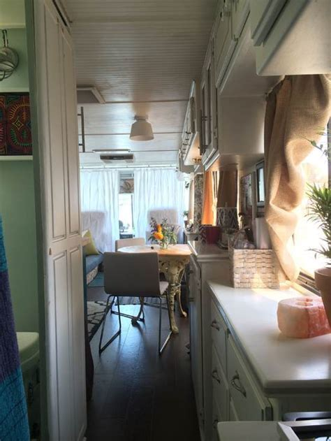 RV Remodel Done Right   1994 Safari Continental Goes From