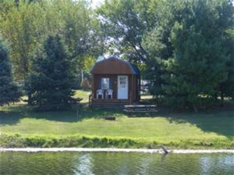 Boat Rentals Near Quad Cities by Illinois Hunting And Cing At Cabin Fever Cground And