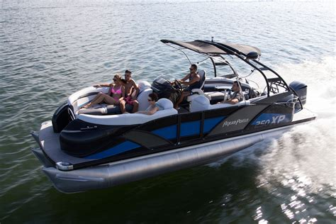 Best Pontoon Boats For 2018 by Best Luxury Pontoon Boats Best In Travel 2018