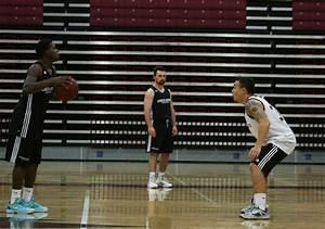 Men's basketball team dominates season opener – The Orion