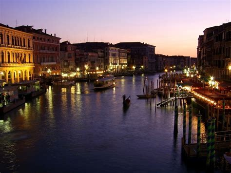 grand canapé the grand canal in venice italy tourist spots around
