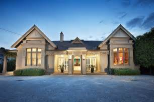 Surprisingly New Traditional Homes by Residence In Melbourne Gets A