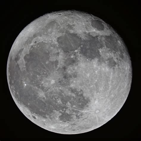 Earth's Moon - Pics about space