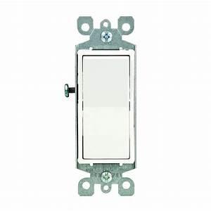 Leviton Decora 15 Amp Illuminated Switch  White