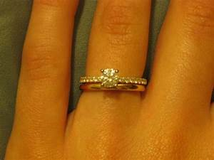anyone have a diamond ering band and plain wedding band With solitaire ring with plain wedding band
