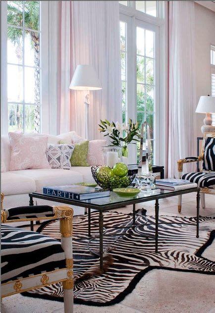 Best 25+ Zebra Living Room Ideas On Pinterest Classic