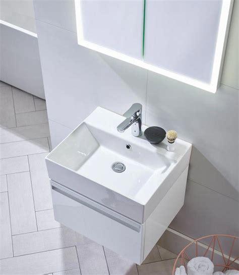 tavistock forum mm wall hung vanity unit  basin