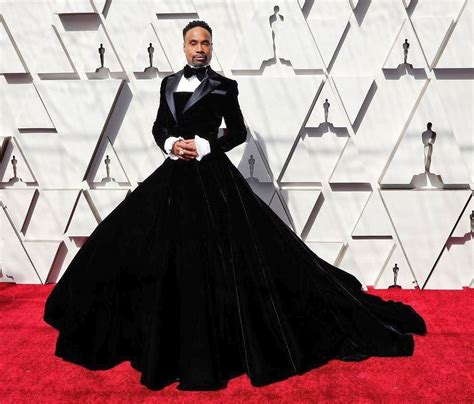 This Hollywood Actor Wore Gown The Oscars Happening