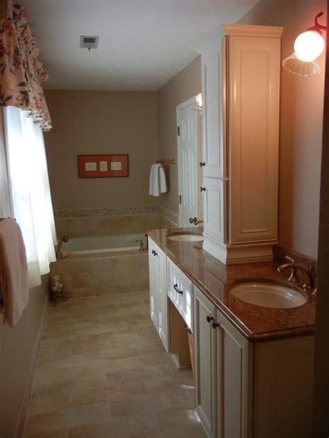 Bathroom Knee Wall Ideas