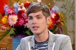 Kieron Richardson: 'I'm gay' admits Hollyoaks star on This ...
