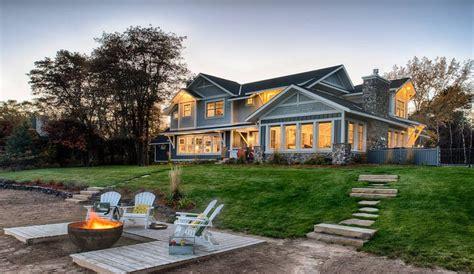 maison americaine en bois coquette maison en bois avec un magnifique jardin aux usa