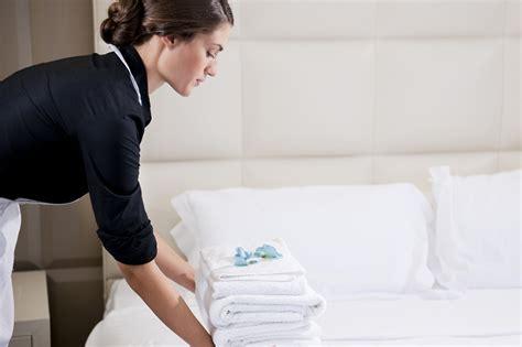 femme chambre emploi emploi d 39 employé d 39 étages avec terre blanche à tourrettes
