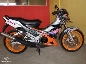Jual Beli Motor Dan Mobil Bekas Surabaya  Dijual Honda Nova Dash