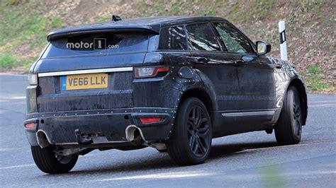 2019 Range Rover Evoque Spy Shots Photo
