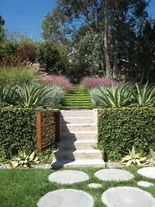 Idee Deco Jardin : jardin en pente 33 id es d 39 am nagement v g tal ~ Mglfilm.com Idées de Décoration