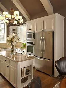 color on ceiling to warm up white kitchen my house my With kitchen colors with white cabinets with cigar box wall art