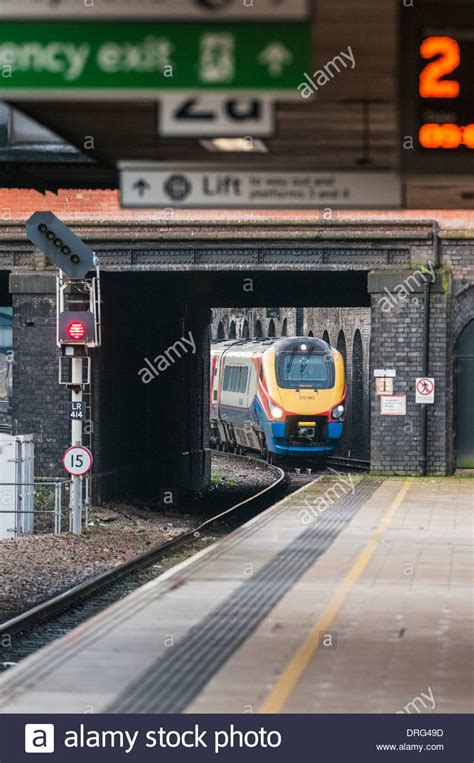 leicester train station stock  leicester train station stock images alamy