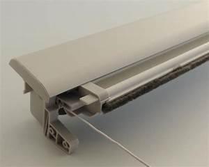 Pieces Detachees Velux : vente de store pour fenetre de toit type v lux pas cher ~ Melissatoandfro.com Idées de Décoration