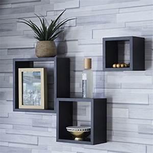 les 25 meilleures idees de la categorie etagere cube With decorer un mur exterieur 7 idees pour decorer un salon avec des meubles de rangement
