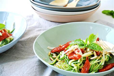Kann Zucchini Roh Essen by Zucchini Roh Essen Zucchini Roh Essen Dieser Salat Macht