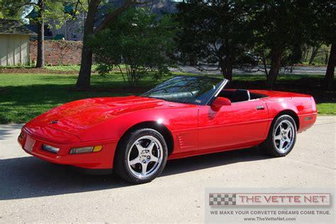 thevettenetcom  convertible corvette details