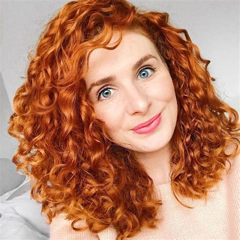 shoulder length curly hair ideas  hairstyles