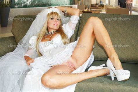 Bride In Vaginal Solo