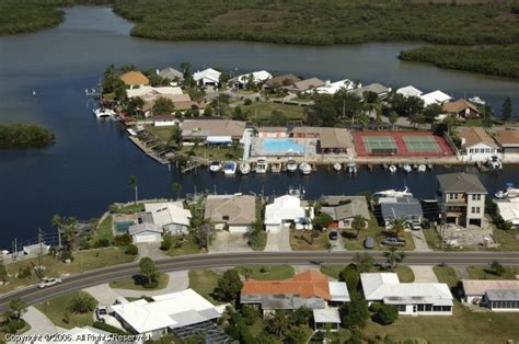 Boat Slips For Rent New Port Richey Fl by Gulf Harbors Yacht Club In New Port Richey Florida