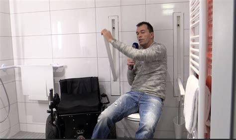 video versenkbare haltegriffe wc barrierefrei bad