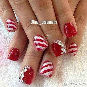 12 Red Green & White Christmas Nail Art Designs & Ideas