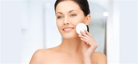 8 kesalahan kamu lakukan ketika bersihkan solekan mata
