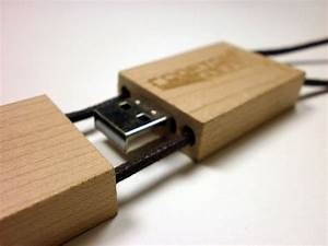 Usb Stick Holz : usb sticks aus holz die kologische variante usb stick ~ Sanjose-hotels-ca.com Haus und Dekorationen