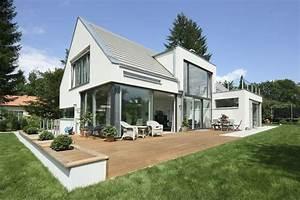 Modernes Haus Satteldach : modernes satteldachhaus by ~ A.2002-acura-tl-radio.info Haus und Dekorationen
