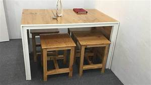 adorable little pallet dining table set o 1001 pallets With what kind of paint to use on kitchen cabinets for restaurant table candle holders