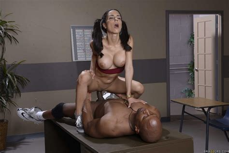 naughty schoolgirl tia cyrus fucking her black teacher