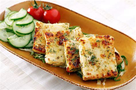 halloumi cheese video lebanese style halloumi with comptoir libanais