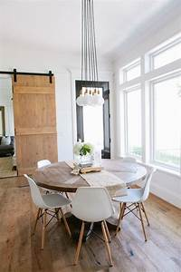 Best 25 round dining tables ideas on pinterest round for How to create perfect modern dining room