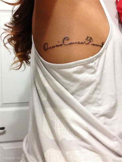 40 Tatuajes de Frases en latín para Mujeres Belagoria